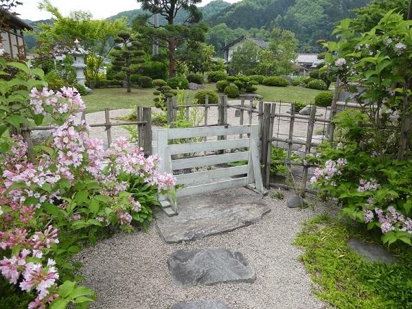 日本庭園_e0365880_21024828.jpg