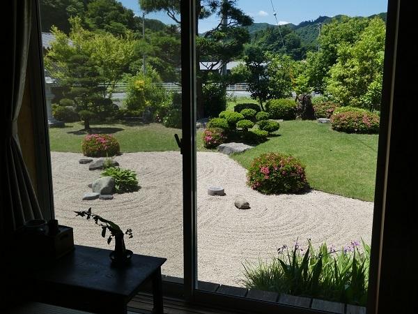 日本庭園_e0365880_21043118.jpg