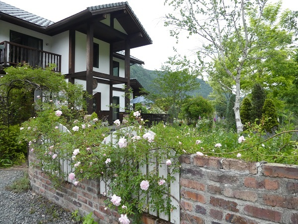 日本庭園_e0365880_22233226.jpg