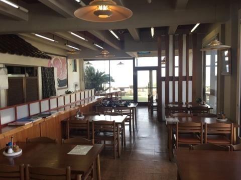 レストランシーサイドうらどめ ご当地海鮮丼_e0115904_23501865.jpg