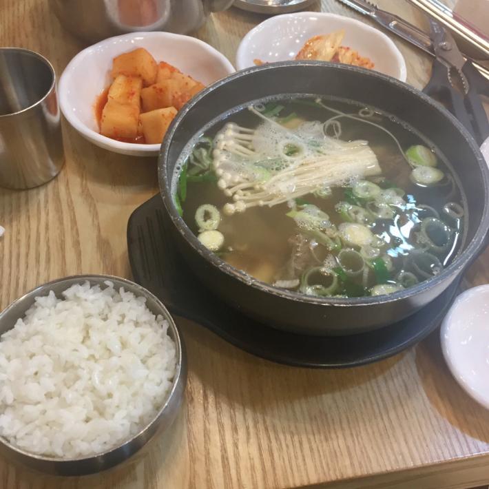 17年7月ソウル 10☆夕食は明洞で熱々スープもの_d0285416_20210867.jpg