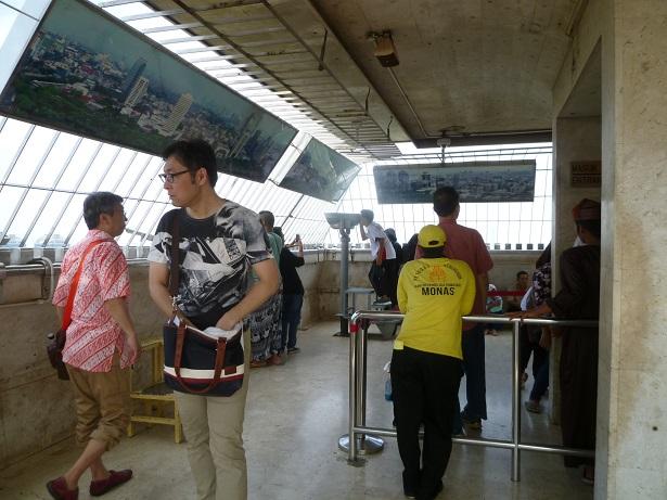 インドネシアの想い出その1・独立記念塔、モナスへ。_f0181251_16235633.jpg