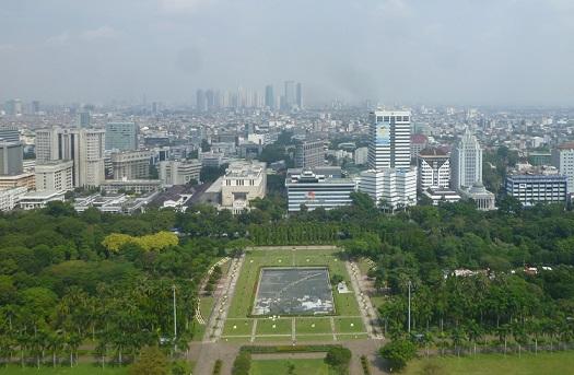 インドネシアの想い出その1・独立記念塔、モナスへ。_f0181251_16255316.jpg