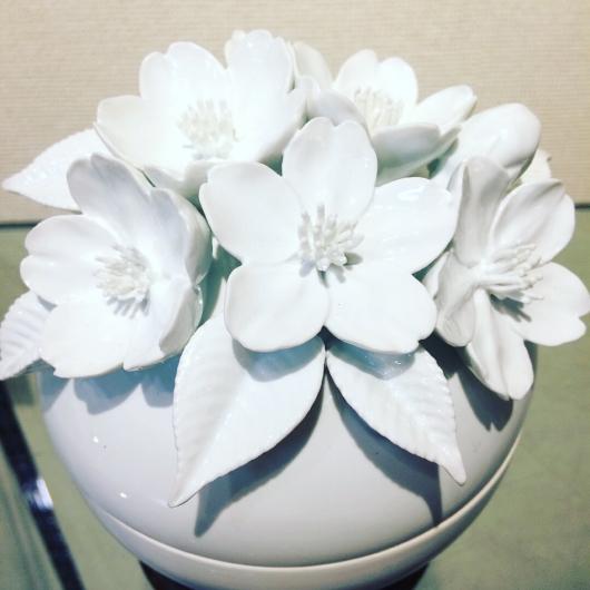 桜 花水木 百合 博多献上柄 の 美の壺_b0223370_18573228.jpg