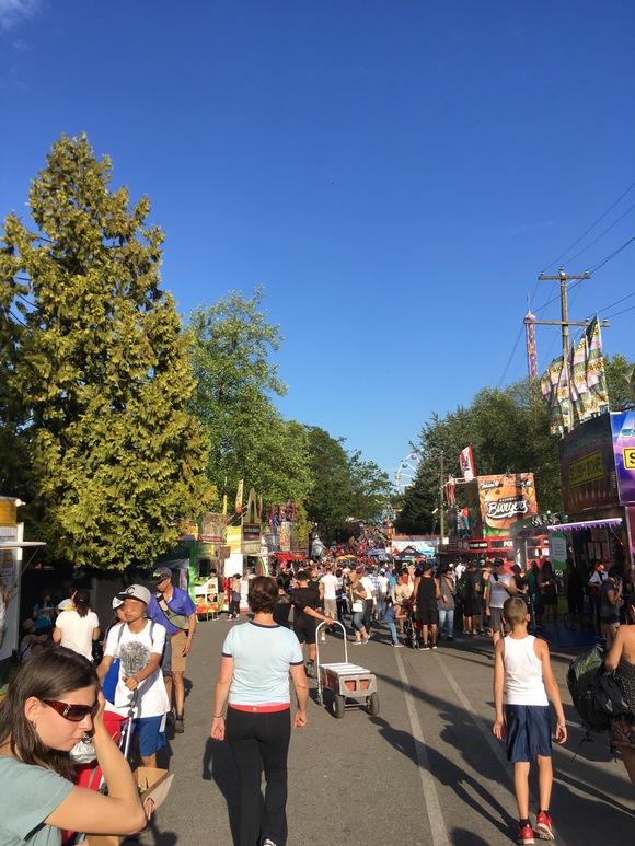 今年もPNEのThe Fair(収穫祭)へ行きました_d0129786_16305353.jpg