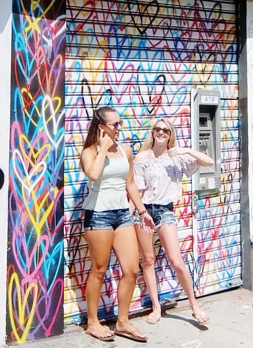 ハートいっぱいのNYの街角アート、「ラブ・ウォール」(Love Wall)が異例の増殖 by HEKTAD_b0007805_6531416.jpg