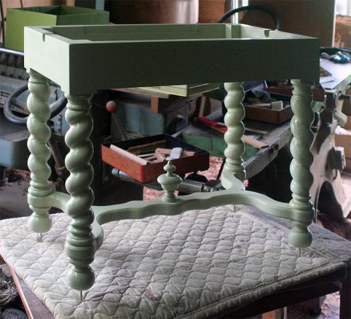 チェンバロ用の高低椅子 #1_e0064847_20303816.jpg