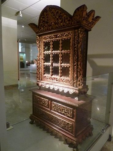 インドネシアその2・歴史博物館・国立博物館・骨董通りへ。_f0181251_15594918.jpg