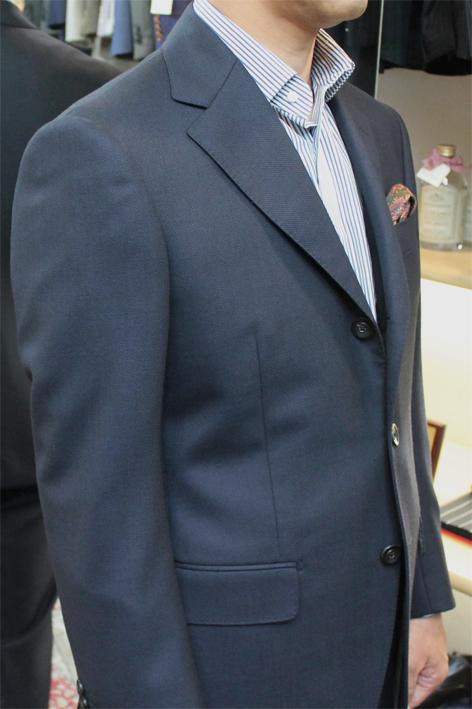 スーツの印象。と言えば、、、_b0081010_19395549.jpg