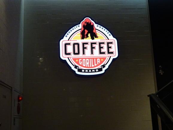 ゴリラコーヒー@池袋でラテ_e0230011_17363337.jpg