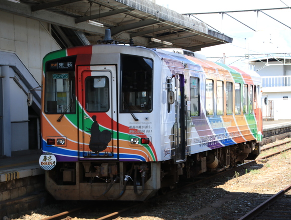 JR厚狭駅にて! 幕末ISHIN号_d0202264_18374496.jpg