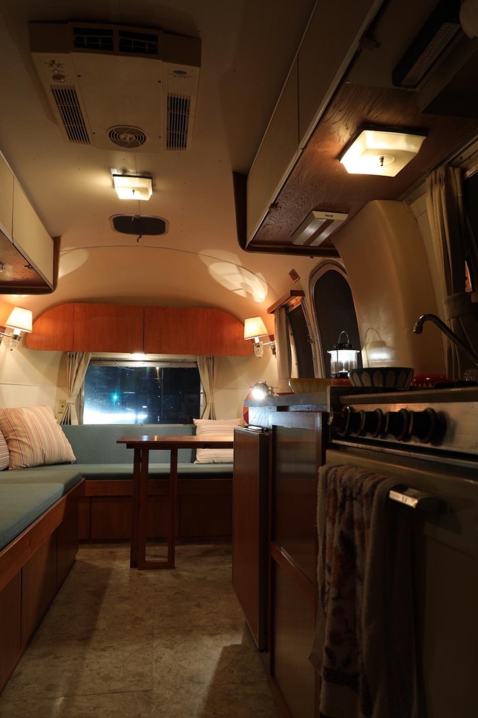 Airstream エアストリーム_d0081605_23495988.jpg