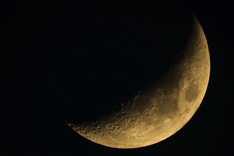満月より三日月の方がイイ_c0220824_19423387.jpg