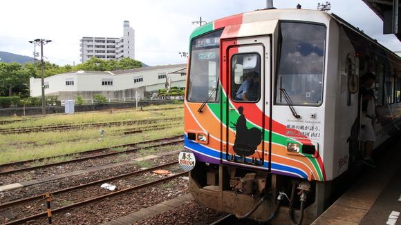 美祢線  長門駅 到着!_d0202264_11145586.jpg