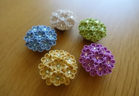 小花いっぱいブローチ。_e0168583_22172964.jpg