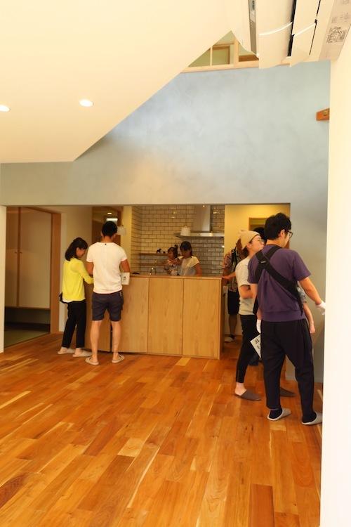 オープンハウス「Pointy House」_f0324766_16035142.jpg