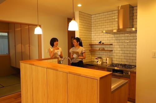 オープンハウス「Pointy House」_f0324766_16035248.jpg