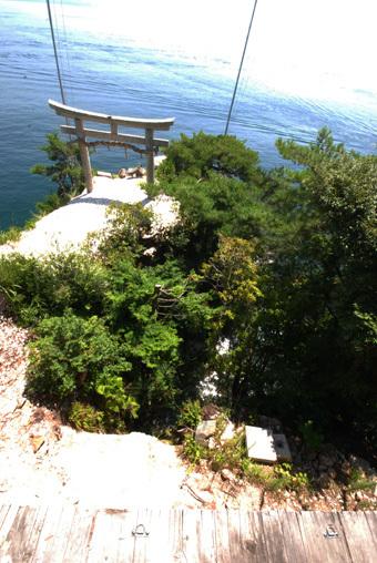 琵琶湖の竹生島にいきました。_c0195909_11444587.jpg