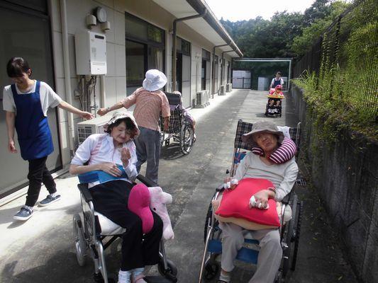 8/25 散歩・音楽活動_a0154110_08265479.jpg