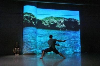 舞台と観客席と間に共感の空気が流れた「キニナルキ公演」_d0178431_18302836.jpg
