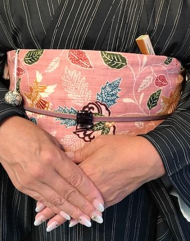 お客様コーデ・夏牛首+栗山紅型帯で栗山さんのパーティへ。_f0181251_18164312.jpg