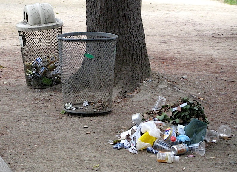 ゴミのゴミ_b0057679_08345702.jpg