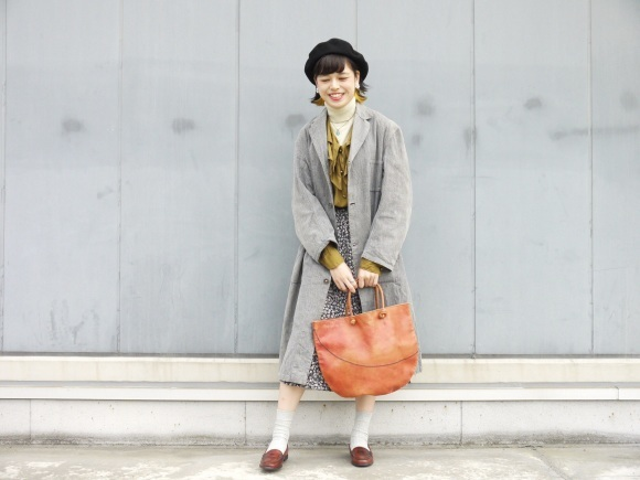 black chambray coat×autumn color_f0335217_16164388.jpg