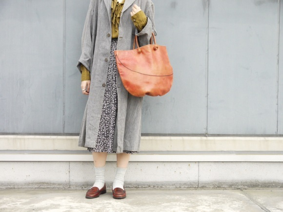 black chambray coat×autumn color_f0335217_16195718.jpg