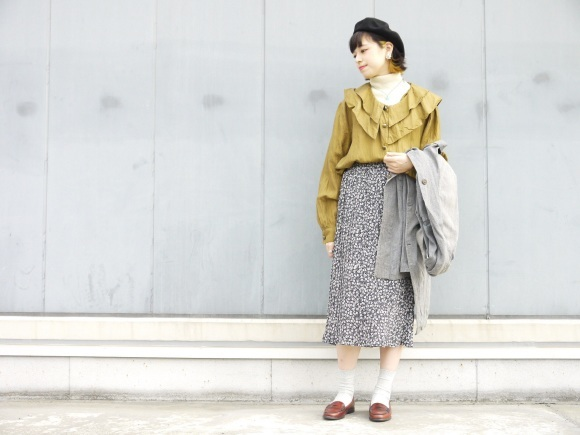 black chambray coat×autumn color_f0335217_16303744.jpg