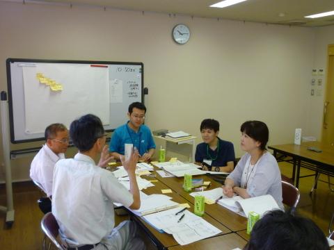 地域福祉活動計画策定作業委員会 障がい者部会を開催_b0159251_10382746.jpg