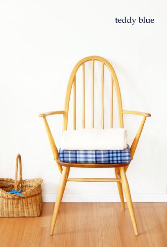 ERCOL Windsor Quaker armchair アーコールクェーカーアームチェア_e0253364_08220507.jpg