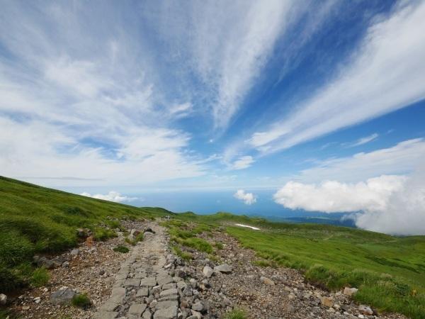 日本海に続く雲_a0351368_22305215.jpg