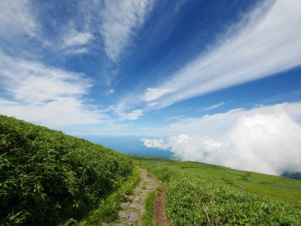 日本海に続く雲_a0351368_22305664.jpg