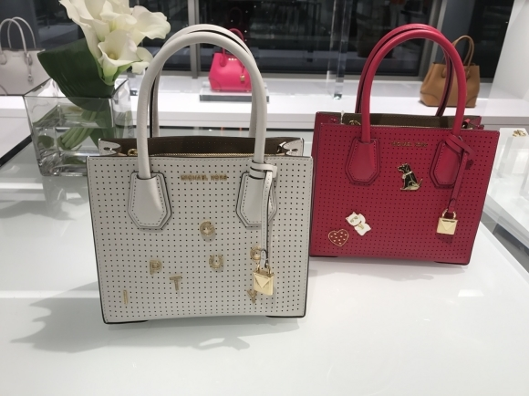 Michael Kors Collection & MICHAEL Michael Kors 2018 RESORT/HOLIDAY 展示会_d0339889_17512529.jpg