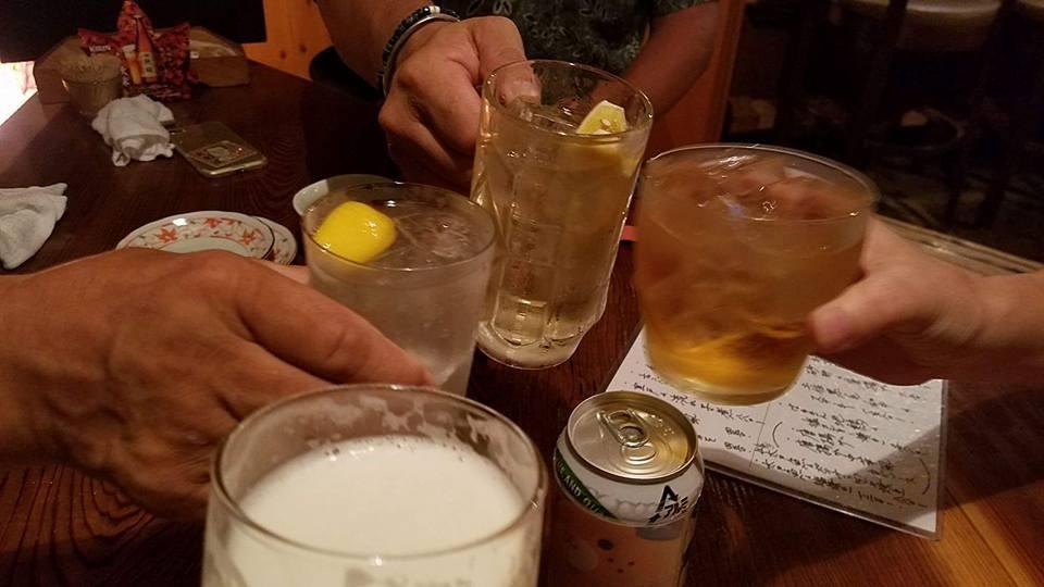 酒は、気心の知れた仲間と飲むのが最高です!_c0186691_09575086.jpg