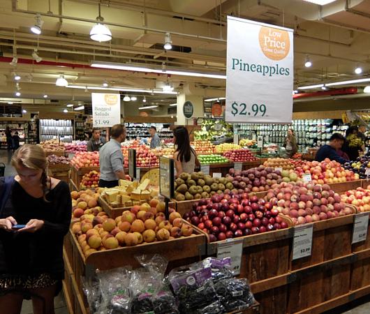 Whole Foods買収完了!!オーナー初日、Amazonは何をした?_b0007805_10293537.jpg