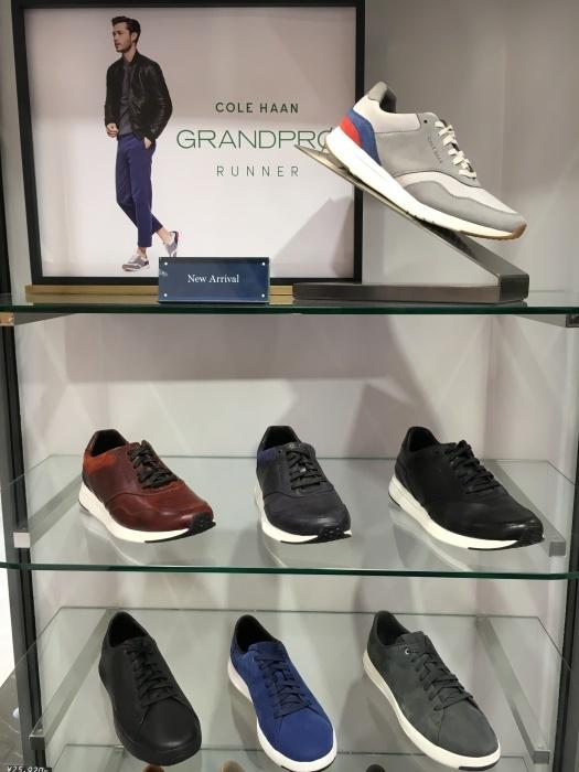紳士靴売場にぞくぞく新商品入荷している模様です_b0226322_16182912.jpg