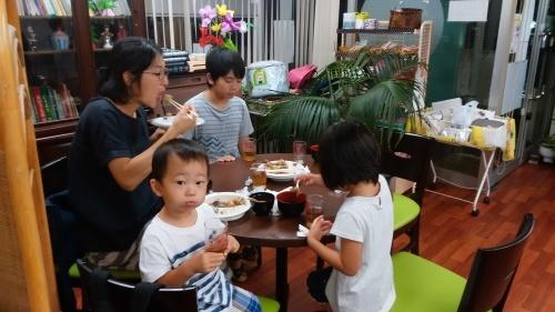 2017年8月30日(水) 第13回 食堂「きゃべつ」(子供食堂) 開催しました!_c0214657_12504240.jpg