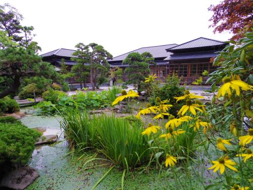 【New Open】函館山の麓に建つ 築80年の日本家屋_f0201310_10432352.jpg