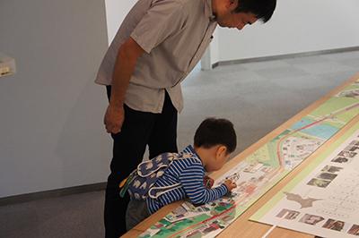 岡本雄司 絵本原画展 『れっしゃが とおります』開催中です!_f0171840_18415320.jpg