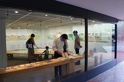 岡本雄司 絵本原画展 『れっしゃが とおります』開催中です!_f0171840_18510482.jpg