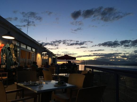 バンクーバーの夏の夕暮れ@ジェリコビーチ_d0129786_17152781.jpg