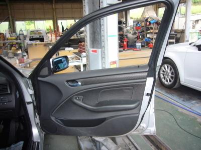 BMW 318i E46 運転席パワーウインド修理_c0267693_10452694.jpg