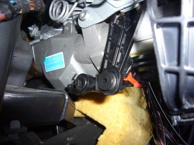 メルセデス ベンツ C180(W203)ステーションワゴン ハンドル周り 修理_c0267693_10484398.jpg