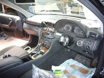 メルセデス ベンツ C180(W203)ステーションワゴン ハンドル周り 修理_c0267693_10490318.jpg