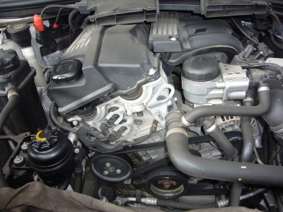 BMW 318セダン (E90)エンジン警告灯点灯 修理_c0267693_10510163.jpg