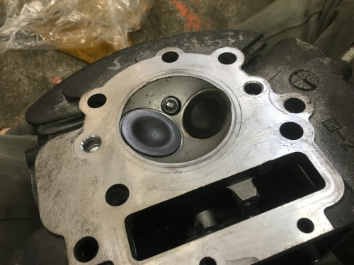 キクチさんTRエンジン修理!_a0164918_19364086.jpg
