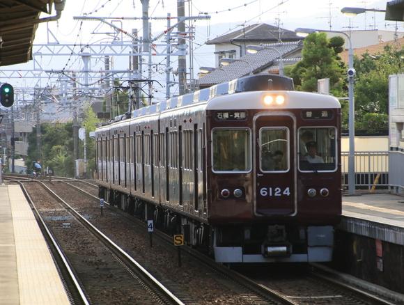 阪急6024F  4連 箕面線代走_d0202264_1954173.jpg