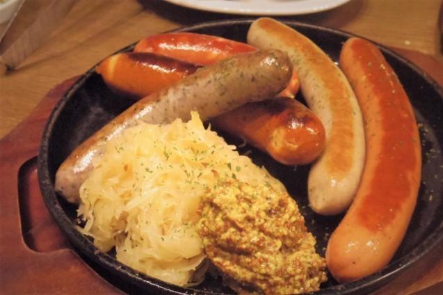 神田「シュマッツ」ビール純粋令を守ったドイツクラフトビールのお味は・・・_b0354293_18292897.jpg