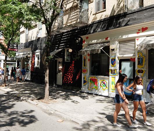 「今風の賑やかなお店」が比較的多い、ノリータ(Nolita)_b0007805_11481942.jpg